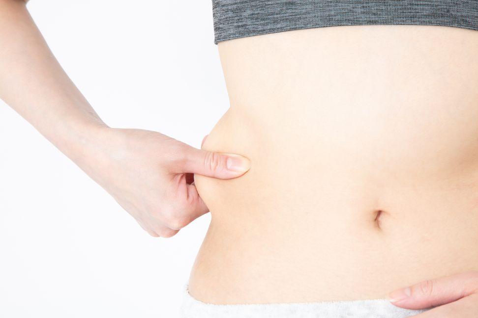 脇腹の簡単筋トレメニュー5選!腹筋・腹斜筋を鍛えてくびれ引き締め効果UP!