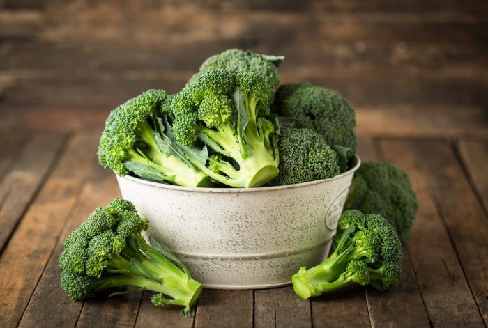 ブロッコリーは筋トレに効果的?筋肉作りに役立つ栄養豊富なブロッコリーのレシピや摂取量目安を解説