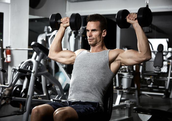 肩を鍛えるトレーニングメニュー