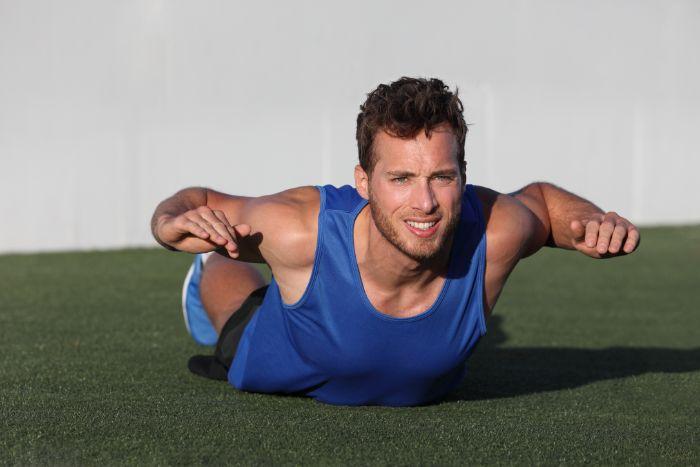 背筋を鍛えるトレーニングメニュー