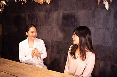 インタビューの様子6