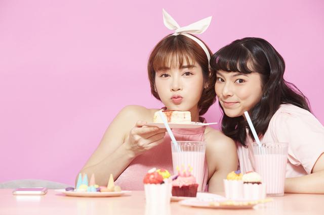 可愛さ満開♡ 春に似合うカラコンの色・デザインをご紹介!