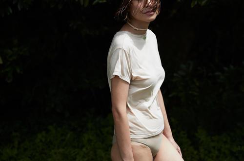 ヌード 00 Tシャツ